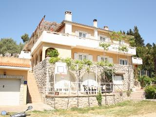 Apartment Elli nr. 2 with a Sea View, Krk