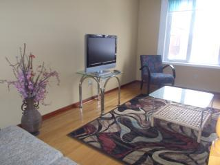 3 bedrooms private house n Richmond hill, Richmond Hill