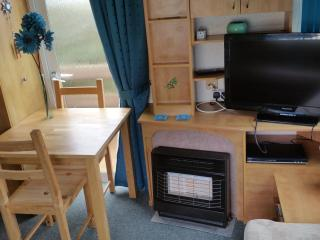 Beach Estate Hemsby 6 Berth 2 Bedroom Holiday Home