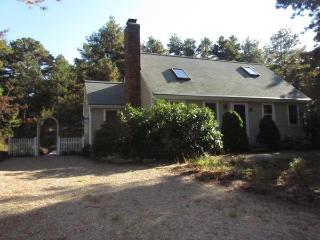 Lovely Cape Style Home Near Dyer Pond, Wellfleet