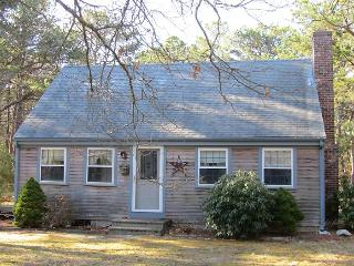 Wellfleet Home Close to Bike Trail