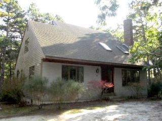 Pet Friendly Home Near Duck Pond, Wellfleet