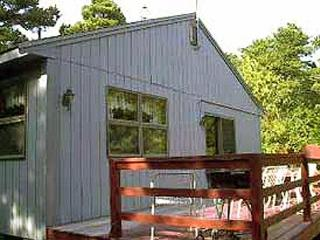 Comfortable Cottage near Mayo Beach, Wellfleet