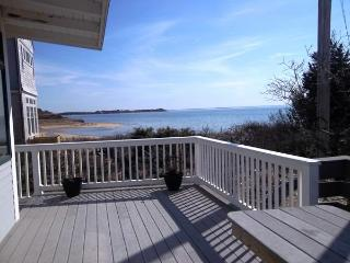 Renovated 3 Bedroom Steps to Indian Neck, Wellfleet