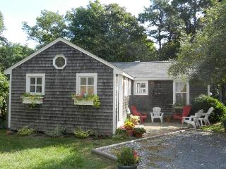 Cape Cod Cottage in Nauset Village, South Orleans
