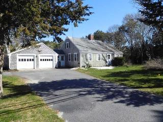 Large House, Walk to Seagull Beach, West Yarmouth