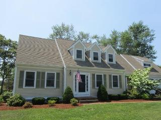 A Beauty with Central AC, Walk to Lewis Bay, West Yarmouth