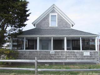 3 Bedroom Cottage By the Harbor, Wellfleet
