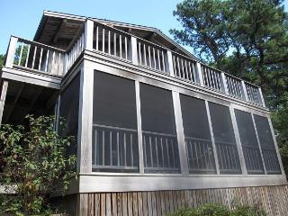 "Wellfleet 3 Bedroom ""Upside Down"" House"