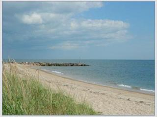 Lovely 4 Bdr with Views of Nantucket Sound, South Yarmouth