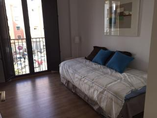 APARTMENT 2 ROOM 5 PAX, Valencia