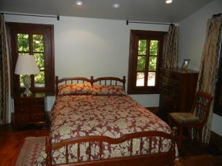 LOVELY AND FURNISHED 1 BED, 1 BATH COTTAGE IN LOS GATOS / SARATOGA, Los Gatos