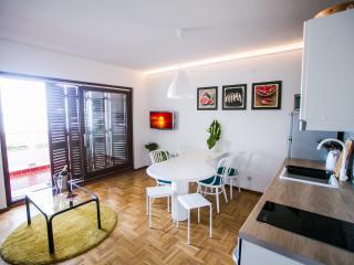 Living room/ kitchen/ TV