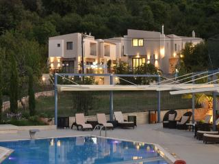 Alexander luxury villas  with pool, Gerakari