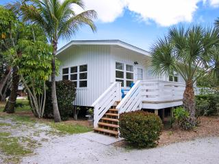 Charming Cottage on Sanibel Island at Colony Inn