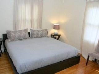 STUNNING 2 BEDROOM APARTMENT, West Hollywood