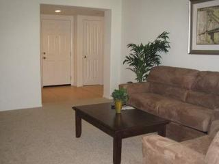 BEAUTIFULLY FURNISHED 1 BEDROOM APARTMENT, Thousand Oaks