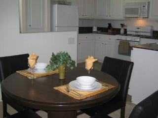 Beautiful 1 Bed 1 Bath Apartment, Thousand Oaks