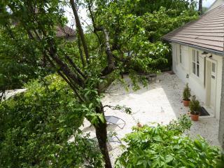 L'annexe-apparthotel du 8 'cote jardin'
