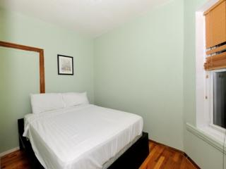 Furnished 2-Bedroom Apartment at 1st Avenue & E 65th St New York, Long Island City
