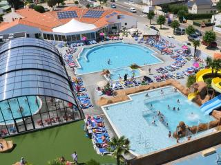 Outdoor pool complex