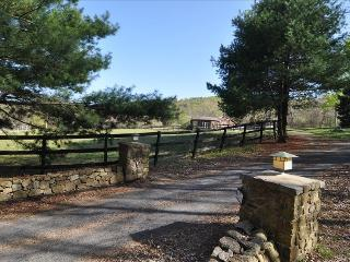 Bear Creek Farm on Pignut Mountain