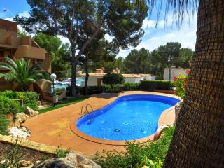 Marina 3 apartment with shared pool in Santa Ponsa