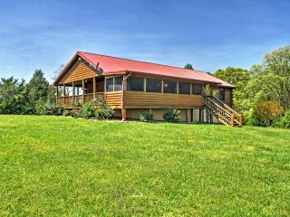 Secluded 4BR Riceville Mountain Cabin w/Wraparound Porch, Wifi & Fire Pit