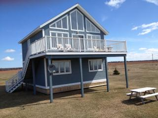 Oceanfront - Kainoah Cottage