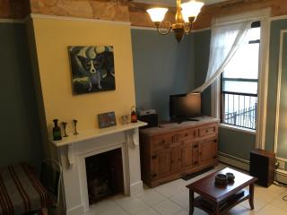 Nice Full-Floor Apartment with Garden/Grill, Bronx