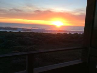 Panoramic Whitewater Oceanfront - sleeps eight., The Sea Ranch
