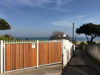 villino a pochi metri dal mare, Terracina