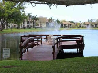Cozy Crystal Lakes Condo, Fort Myers