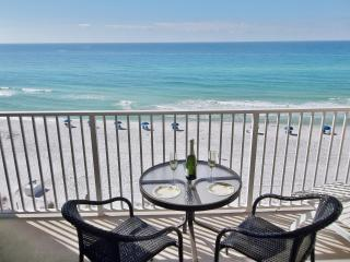 *Beach House 604B*ON the beach!, Destin
