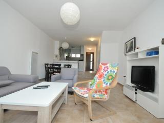 Duplex 4-Bedroom Apartment (059), Budva