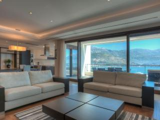 Luxurious Two Bedroom Apartments, Budva