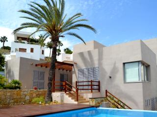 MEDITERRANEAN VILLA WITH POOL AND GARDEN, Mojacar