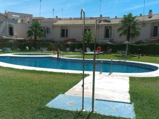 Apartamento a 100m de la Playa, con Piscina/Jardin, Isla Cristina
