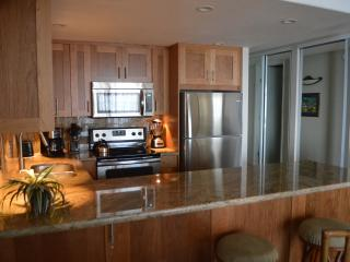 Newly remodeled fully equipped kitchen