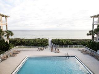 Gulf Front Condo! Steps from the Beach, Rosemary, & an Abundance of Family Fun!!, Seacrest Beach