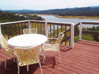 Majestic Point incredible lake views, pets ok, Lake Nacimiento