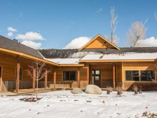 Rivers Edge is perfect for an amazing, river-front vacation overlooking the San, Pagosa Springs