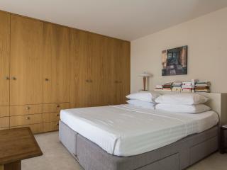 onefinestay - Petersham Mews III apartment, London