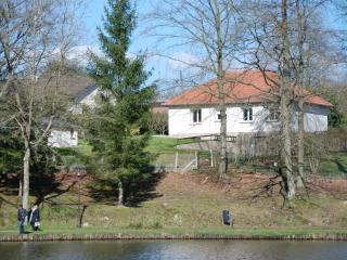 La Maison du Lac (1) location de charme ***, Forges-les-Eaux