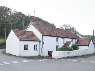 Bull Croft Cottage (OX020), Oxwich