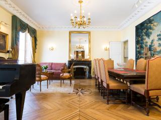 Pantheon -  Luxury 3BD-2BA with Terrace and Studio, París