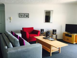 Min 7nights - Indooroopilly 2 bedroom apartment, Brisbane