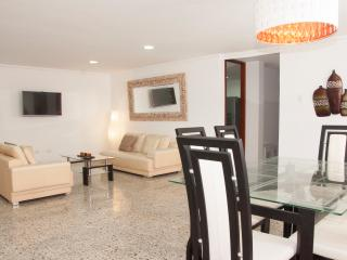 Beautiful 3 Bedroom Apartment, Cartagena