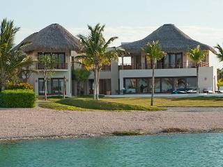 Cayuco 33, Punta Cana