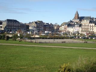 Maison avec jardin, terrasse, 300 mètres plage, Mers Les Bains
